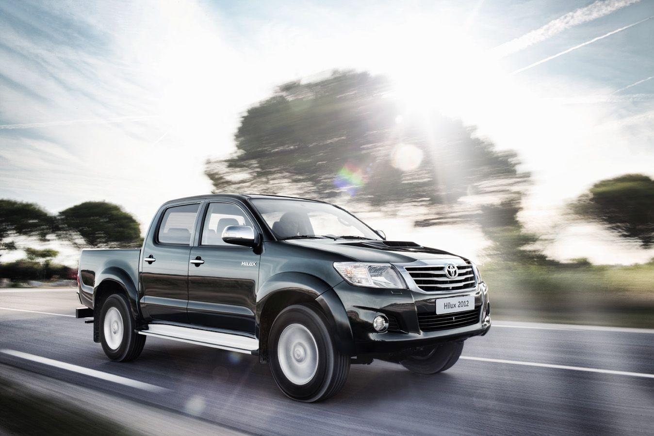 Nuovo Hilux 2012: design rinnovato per il best-seller Toyota