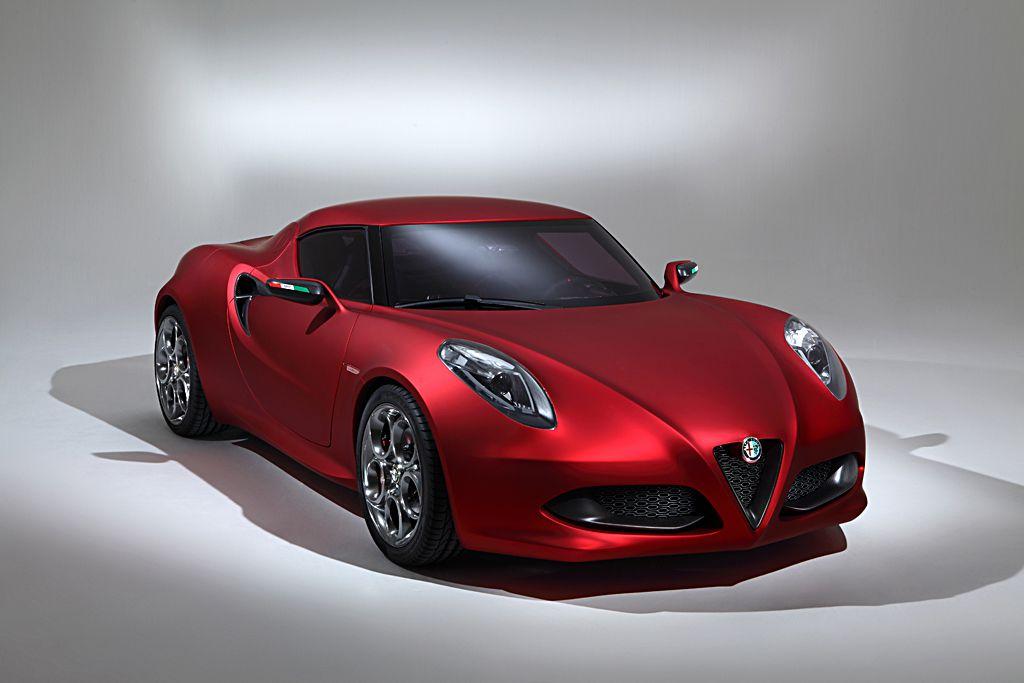 Alfa Romeo: nel 2013 lo sbarco negli USA con Giulia, 4C, Giulietta e l'atteso SUV