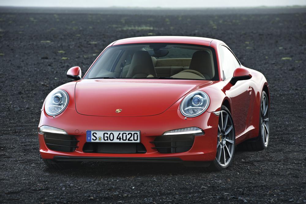 Porsche Carrera 911 e Carrera 911 S: nuova aerodinamica e propulsori con consumi ridotti. Prezzi da circa 90.000 €