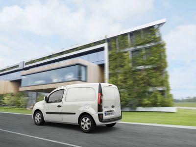 Renault: più di 15.000 Kangoo Z.E. verranno ordinati in quattro anni da 19 delle più grandi aziende francesi