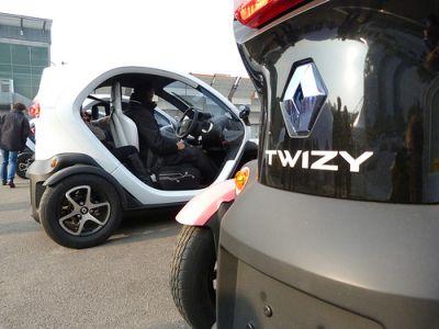 Motor Show 2011: BlogMotori.com prova Renault Twizy