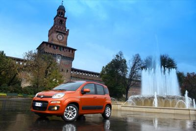 Presentata a Pomigliano la nuova Panda, segmento storico di Fiat. Tutte le immagini ufficiali