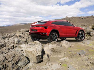 Lamborghini Urus: tutto sulla prima supercar nel mondo dei Suv