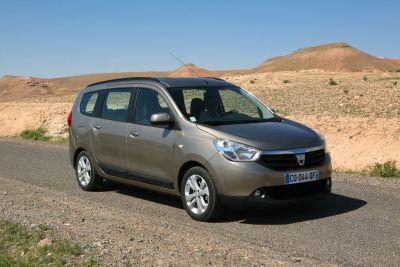 Dacia lodgy monovolume low cost nuove offerte di for Dacia duster 7 posti