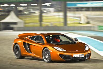 McLaren MP4-12C: protagonista di un entusiasmante cortometraggio ambientato in Medio-Oriente