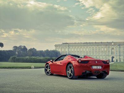 Ferrari Cavalcade 2012: a spasso con il mito tra Emilia e Toscana