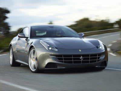 Ferrari FF: Bridgestone Potenza S001 come primo equipaggiamento
