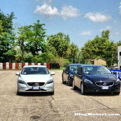 Nuova Volvo V40: scossa nel segmento C-Premium. Il test-drive sulla pista Quattroruote di Vairano