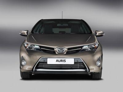 Nuova Toyota Auris 2013