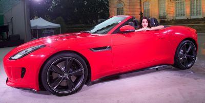 Jaguar F-Type: svelata l'erede della E-Type, tutte le immagini ufficiali