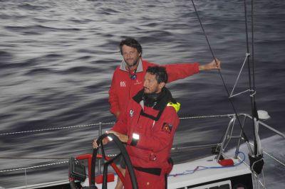 Giovanni Soldini e il suo team a 100 miglia dall'equatore. Per Maserati ancora 2.400 miglia fino a San Francisco