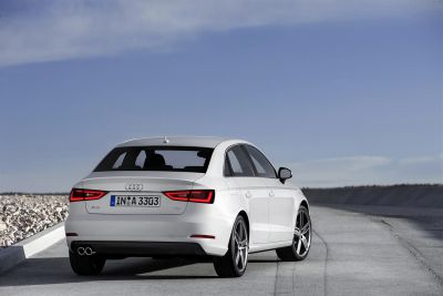 Audi A3 Berlina: berlina compatta disponibile anche con il 2.0 TFSI da 300 CV