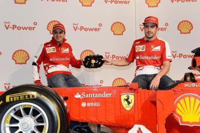 Ecco la monoposto Ferrari realizzata con mattoncini LEGO