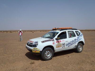 Women@Renault: in pista per affrontare le dune a bordo di 4 Dacia Duster