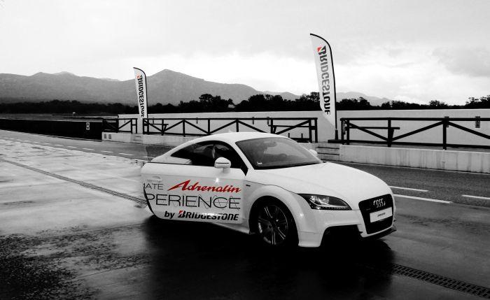 Bridgstone Potenza Adrenalin RE002 prova su pista presso il Circuito Ascari