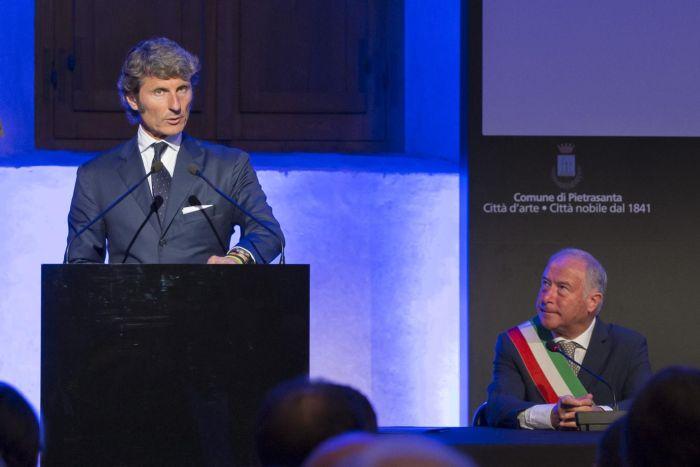 """Stephan Winkelmann, Presidente e AD di Automobili Lamborghini, riceve il """"Premio Internazionale BARSANTI e MATTEUCCI"""" 01"""