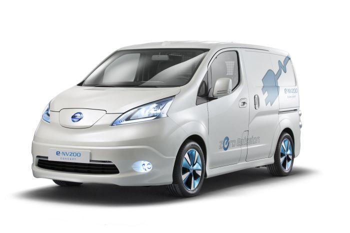 Il furgone compatto 100% elettrico Nissan e-NV200 protagonista a Tokyo