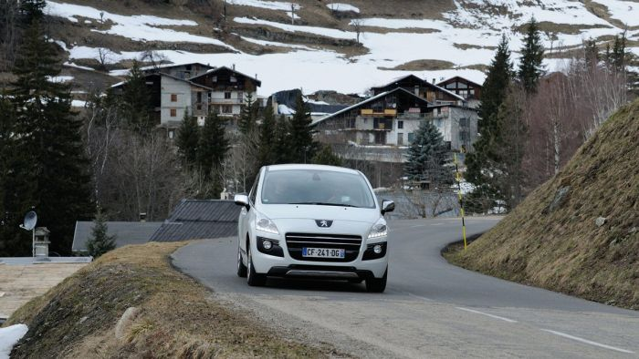Peugeot HYbrid4 Mountain Tour