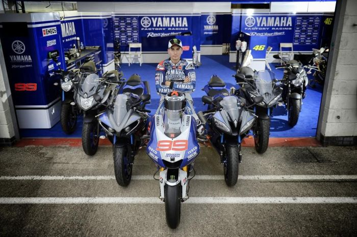 Yamaha 'Race Blu Series'