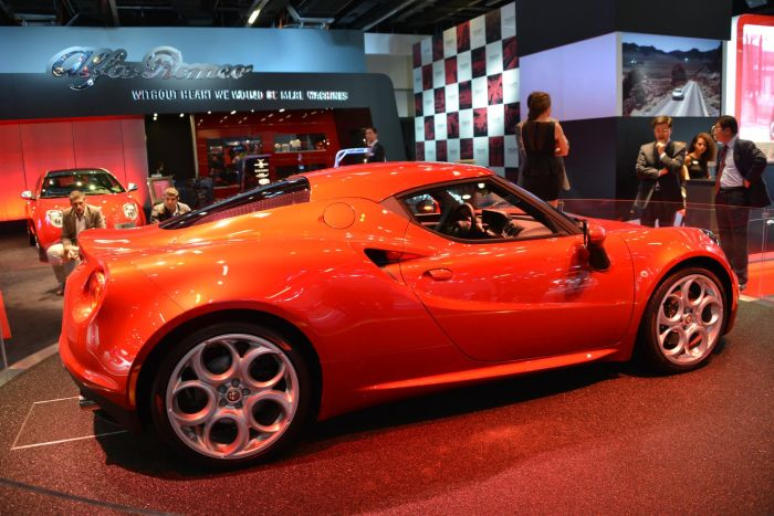 Alfa Romeo 4C 03