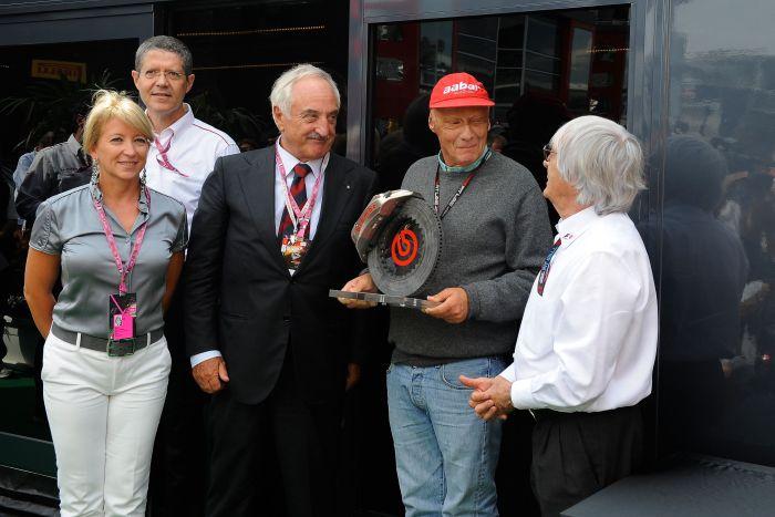 Brembo premia Niki Lauda durante il Gran Premio d'Italia di Formula Uno 03