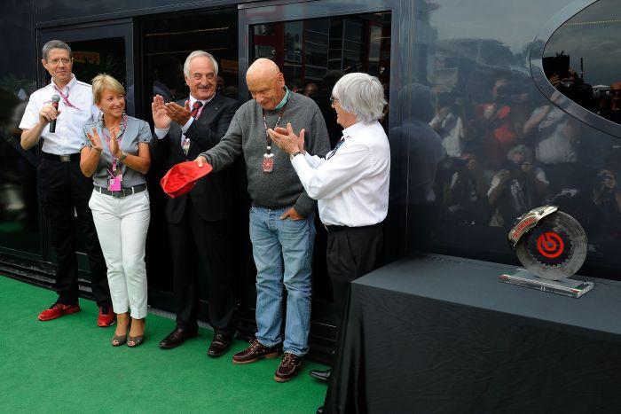 Brembo premia Niki Lauda durante il Gran Premio d'Italia di Formula Uno 04
