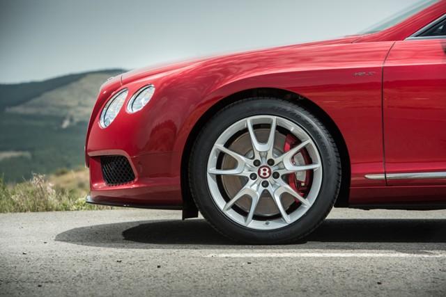 Francoforte 2013: Bentley Continental GT V8 S Coupé e Cabrio