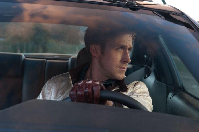 """DRIVE: """"noir al neon"""" tra infiniti silenzi e parole scolpite con gravità"""