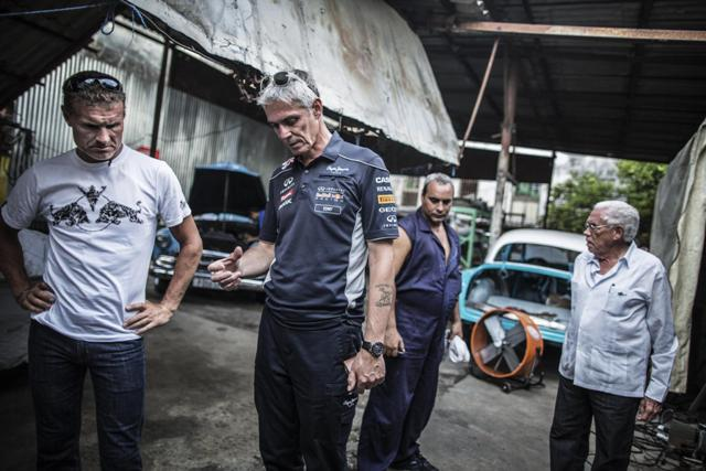 David Coulthard e l'Infiniti Red Bull Racing Team protagonisti a l'Havana, Cuba 4