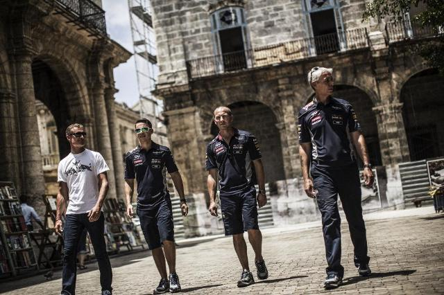 David Coulthard e l'Infiniti Red Bull Racing Team protagonisti a l'Havana, Cuba 5