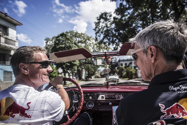David Coulthard e l'Infiniti Red Bull Racing Team protagonisti a l'Havana, Cuba 7