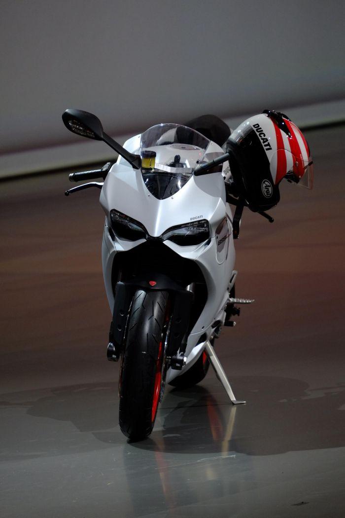 Ducati 899 Panigale dopo Francoforte appuntamento al GP di San Marino 05