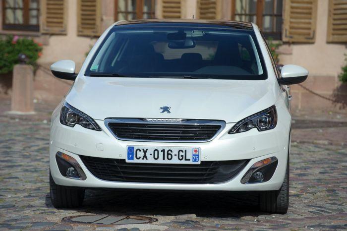 Peugeot 308 tutto sulla nuova vetture francese di segmento C 03