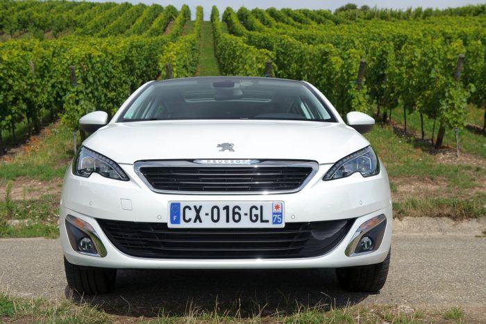 Peugeot 308 tutto sulla nuova vetture francese di segmento C 05