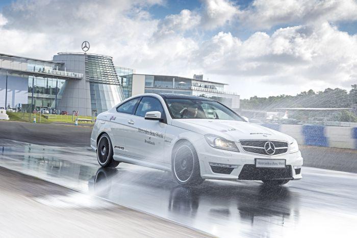 Bridgestone e Mercedes-Benz ancora insieme per offrire un'emozionante esperienza di guida
