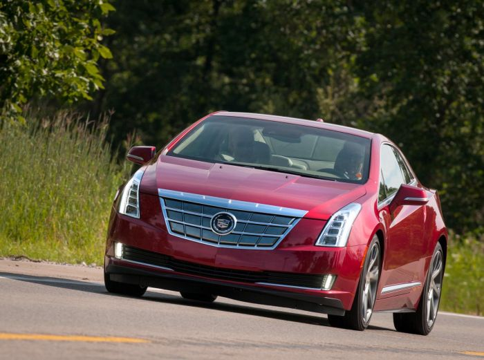 CADILLAC ELR SALES TO BEGIN IN JANUARY 01