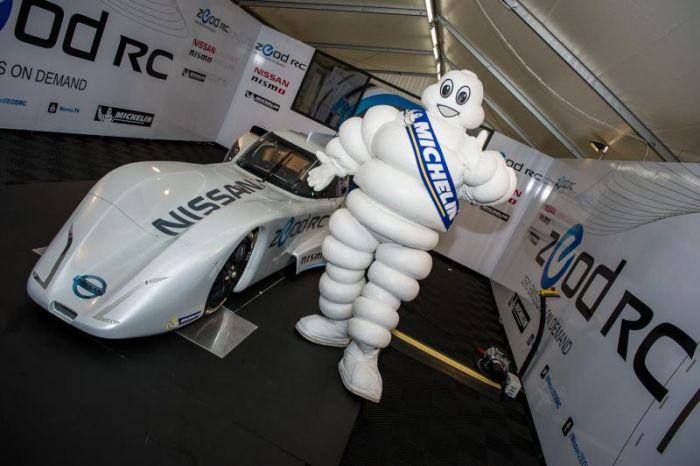 Nissan ZEOD RC l'auto elettrica più veloce al mondo monta pneumatici Michelin