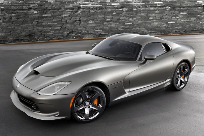 2014 SRT Viper GTS with Anodized Carbon Special Edition Package 2