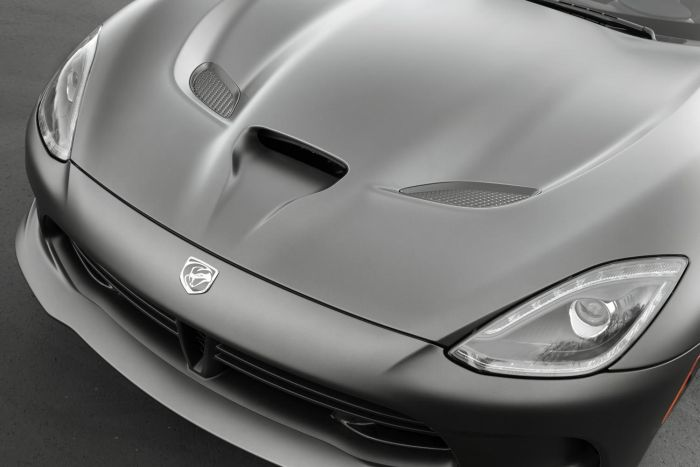 2014 SRT Viper GTS with Anodized Carbon Special Edition Package 6