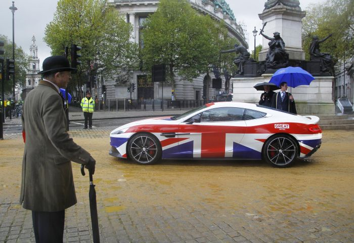 ASTON MARTIN IS A 'GREAT' ADDITION TO THE LORD MAYOR'S SHOW
