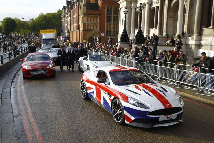 Aston Martin is a 'GREAT' addition to The Lord Mayor's Show 02