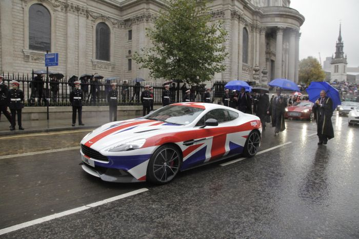 Aston Martin is a 'GREAT' addition to The Lord Mayor's Show 04
