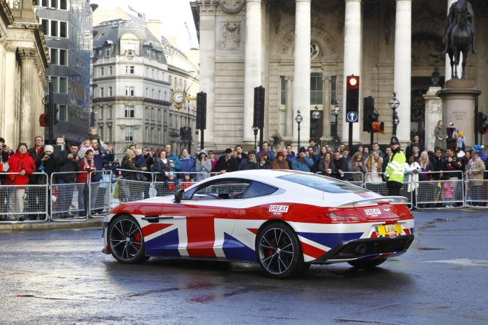Aston Martin is a 'GREAT' addition to The Lord Mayor's Show 05