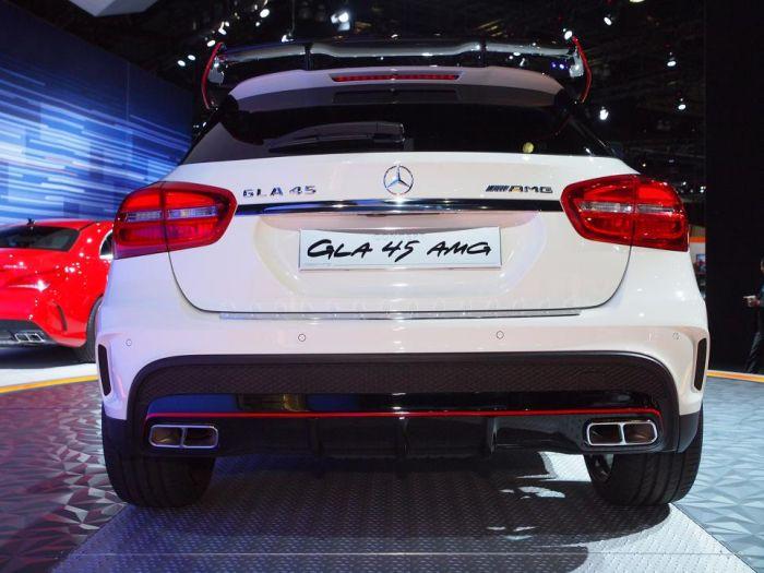Mercedes-Benz GLA45 AMG BlogMotori 04