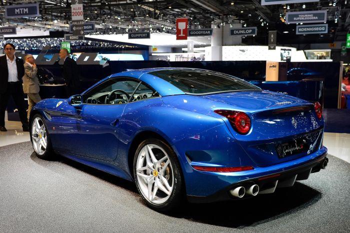 I pneumatici della nuova Ferrari California T sono firmati Bridgestone