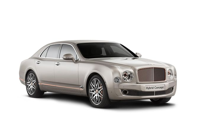 Global debut of Bentley Hybrid Concept. Chinese debuts: Flying Spur V8, new Continental GT Speed & GT V8 S