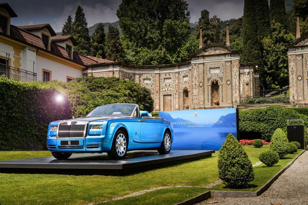 La Rolls-Royce Phantom Drophead Coupé Waterspeed Collection fa ritorno oggi alla sua patria spirituale sui laghi italiani 2
