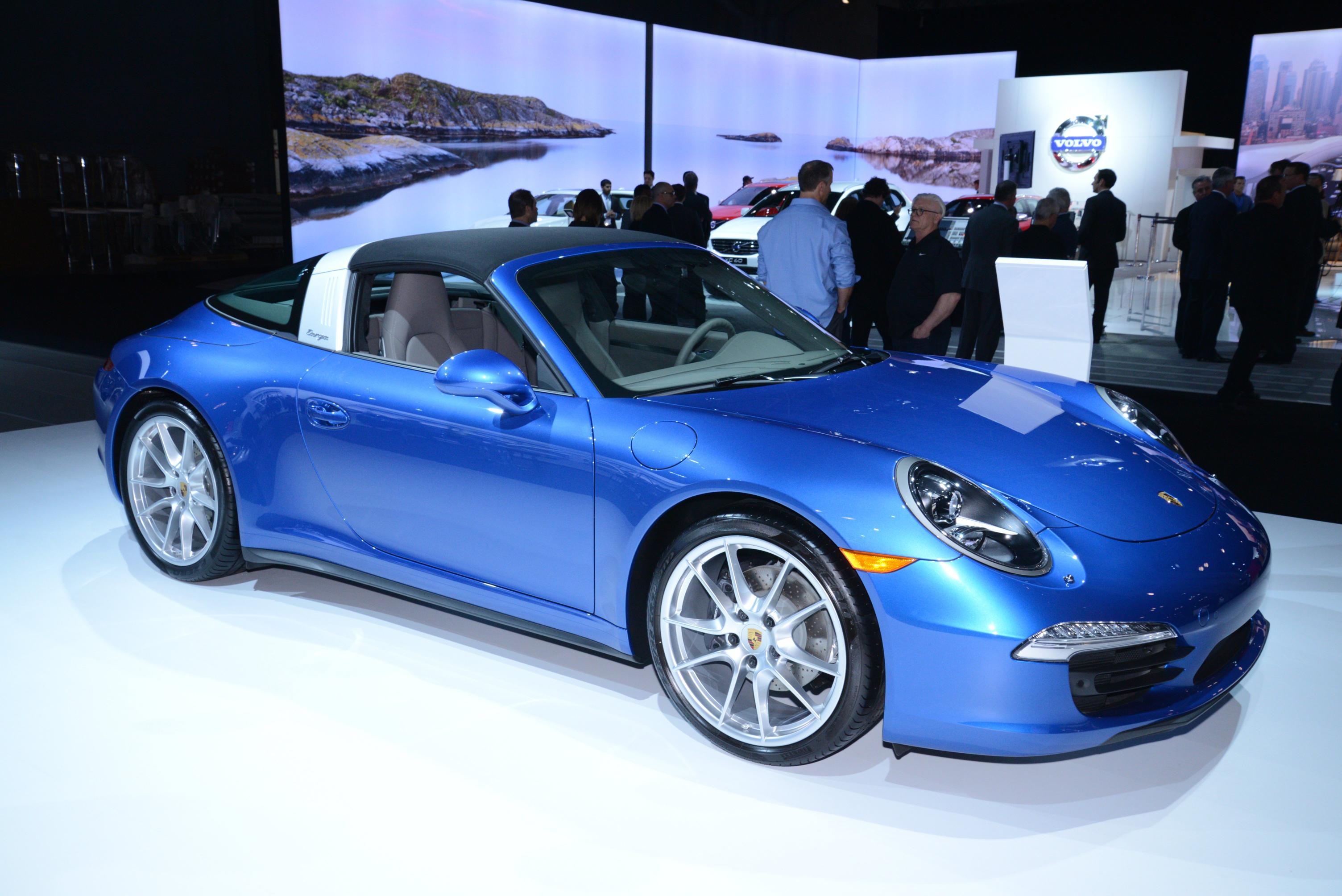 """Porsche Italia partner dei """"Nastri d'Argento"""".  Madrina della premiazione a Taormina la nuova 911 Targa"""