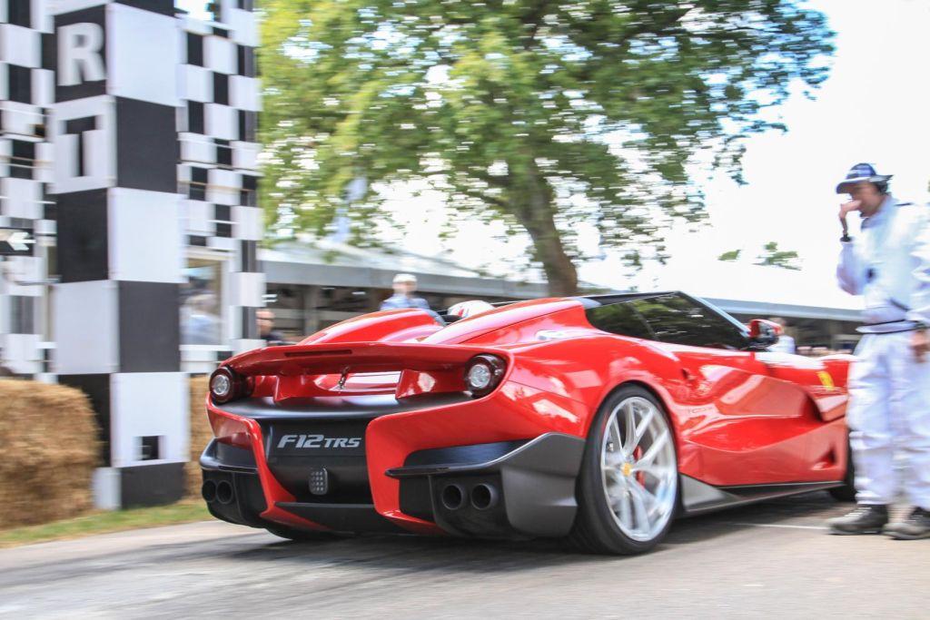 Ferrari F12 TRS: dalla Sicilia a Goodwood. Tutte le immagini live