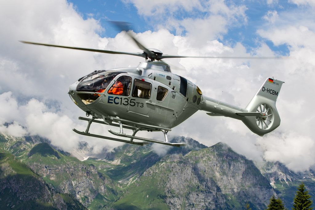 EC135 T3 durante il tour dimostrativo (Ref. 9620, © Copyright Airbus Helicopters, Charles Abarr).
